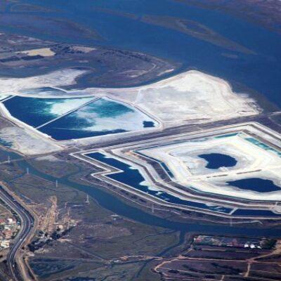 Fertiberia muestra a la Cámara de Comercio su proyecto de hidrógeno verde en Huelva